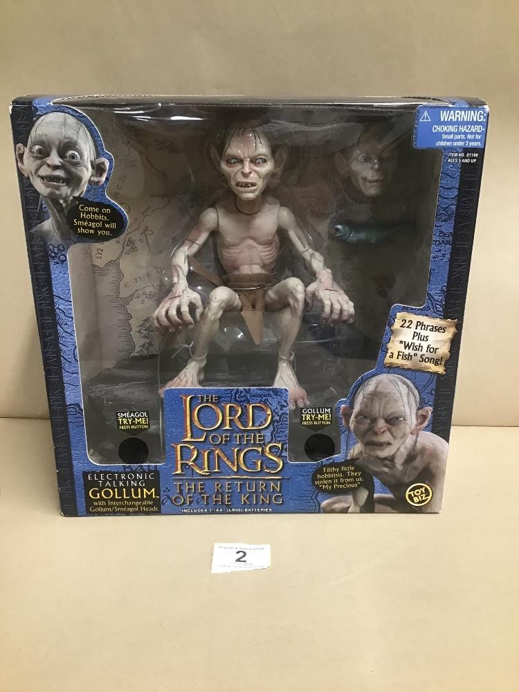 "Lot 2 - A LORD OF THE RINGS ""THE RETURN OF THE KING"" ELECTRONIC TALKING GOLLUM IN ORIGINAL BOX"