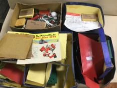 AN EXTENSIVE COLLECTION OF BAYKO, SOME IN ORIGINAL BOXES