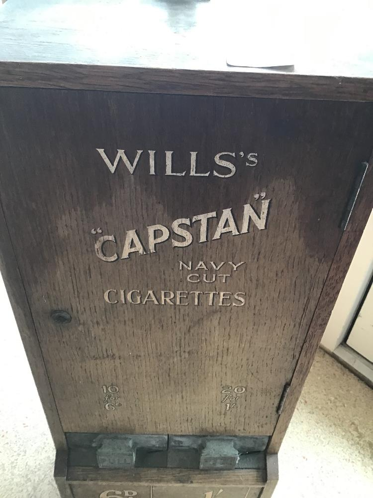 A WILLS EARLY CIGARETTE DISPENSER - Image 2 of 6
