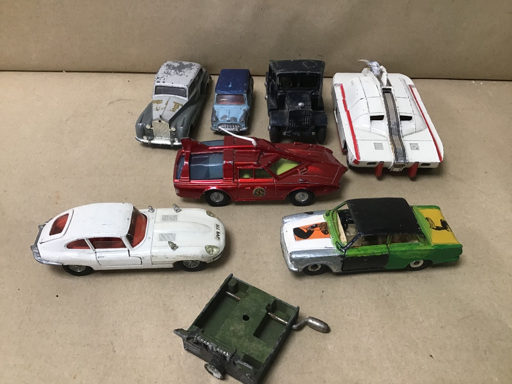 Lot 27 - A BOX OF COLLECTABLE DIE-CAST PLAYWORN DINKY TOYS