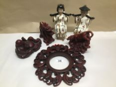 A QUANTITY OF ORIENTAL ITEMS INCLUDING CERAMIC FOO DOGS (LIONS), CERAMIC BOOKENDS AND RESIN FIGURES