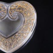 LALIQUE - frosted and stained glass coeur (heart) shaped box, engraved signature, 10cm x 10cm