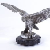 A large American chrome plate bronze eagle design car mascot, early 20th century, wingspan 33cm,
