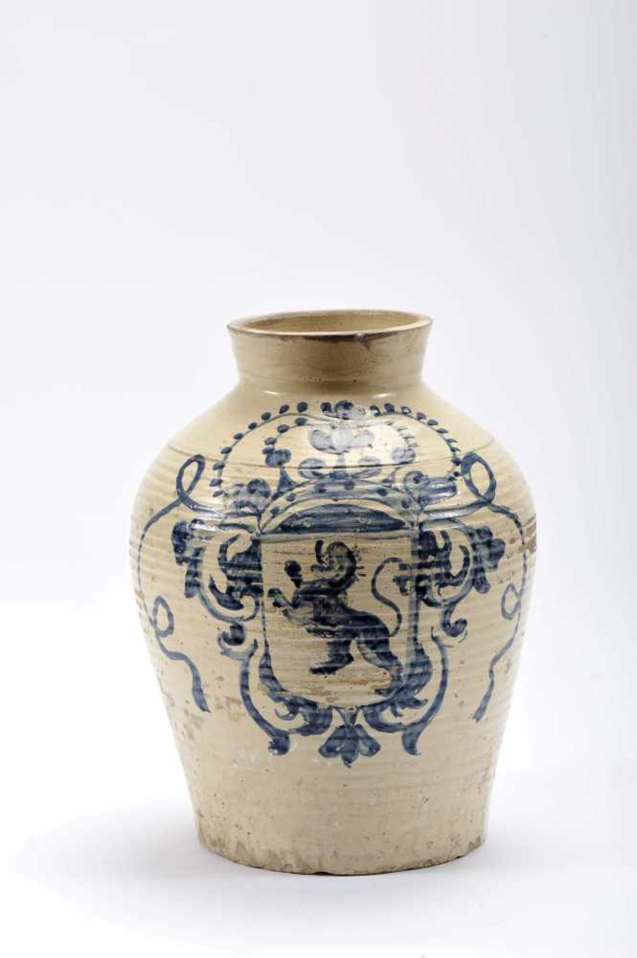 "Los 44 - A PotA Pot, faience, blue decoration ""Coat of arms The kingdom of Léon"", Spanish, 17th/18th C.,..."