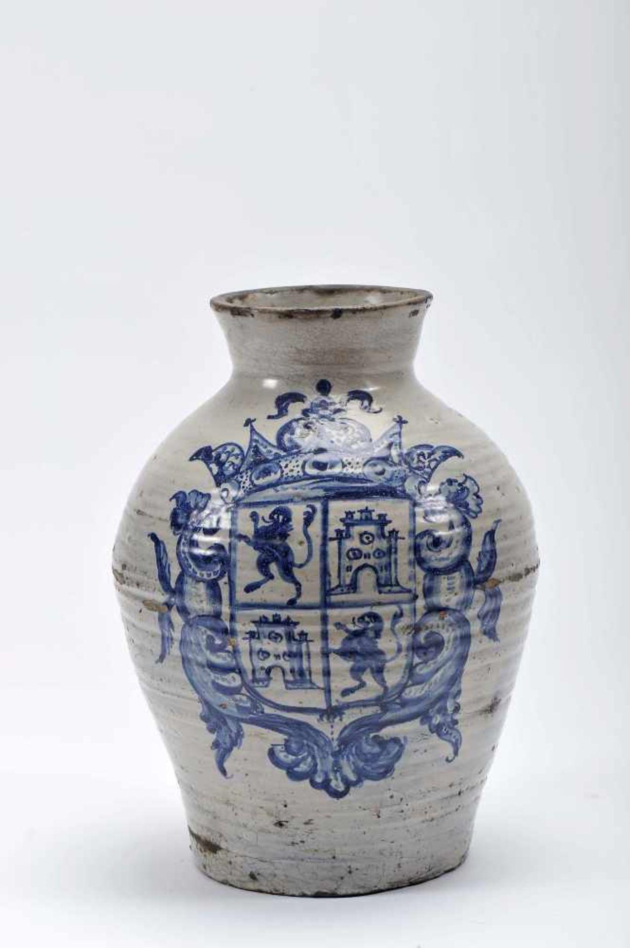 "Los 46 - A PotA Pot, faience, blue decoration ""Coat of arms of the kingdoms of Léon and Castille"",..."