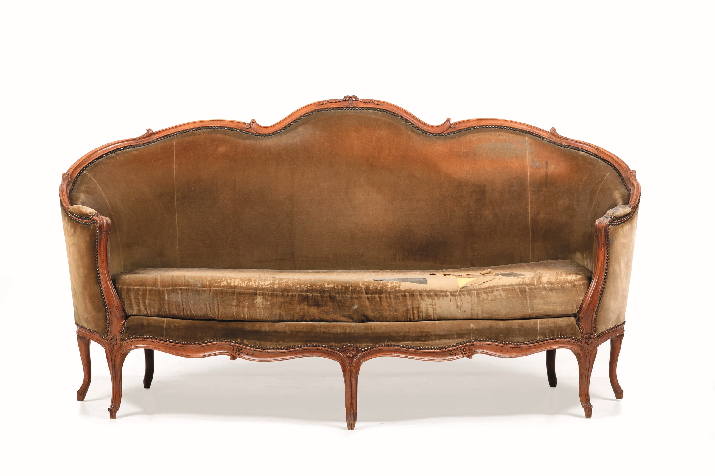 Lot 139 - Divano Luigi XV a corbeille in legno intagliato, Francia XVIII secolo, - schienale [...]