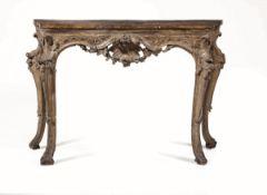 Console in legno intagliato e dorato, Napoli, XVIII secolo, - decori a volute, [...]