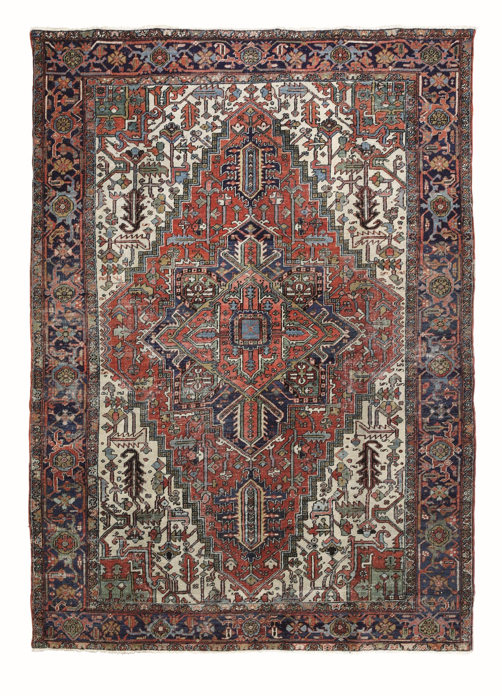 Tappeto Heritz, nord ovest Persia inizio XX secolo, - campo con medaglione centrale, [...]