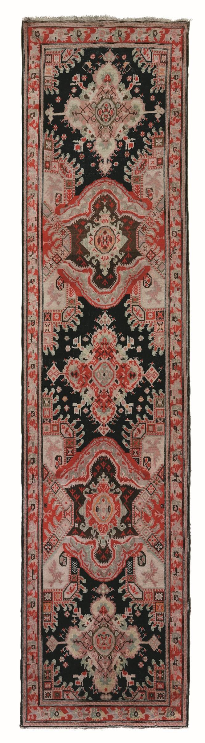 Passatoia Karabagh, Caucaso fine XIX inizio XX secolo, - campo marrone/nero con [...]
