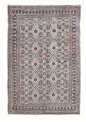 Tappeto Dorosh, Persia inizio XX secolo, - particolare il fondo chiaro senza centro [...]