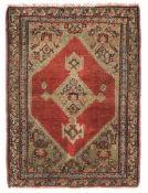 Tappeto Senneh, Persia fine XIX secolo, - piccolo esemplare campo rosso con [...]