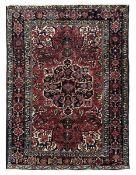 Tappeto Baktiary, Persia fine XIX inizio XX secolo, - decoro col classico medaglione [...]