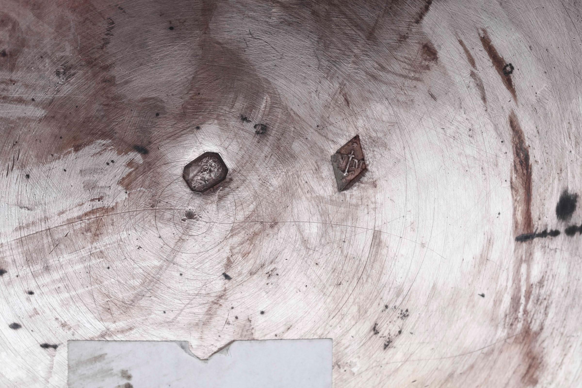Rinfrescatoio in argento primo titolo fuso, sbalzato e cesellato. Parigi 1819-1838. [...] - Image 4 of 4