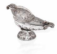 Navicella in argento fuso, sbalzato e cesellato. Napoli XVIII secolo, - gr. 300, cm [...]