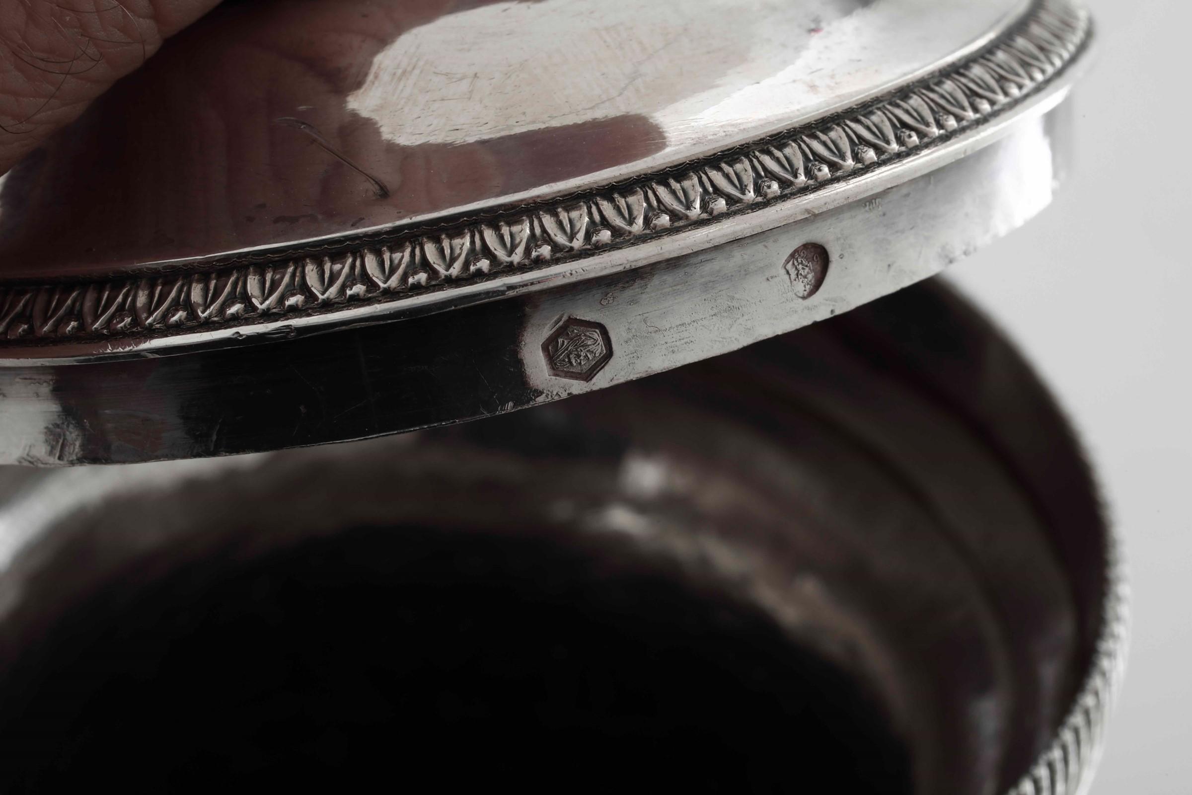 Caffettiera in argento primo titolo fuso, sbalzato e cesellato. Francia marchi di [...] - Image 5 of 5