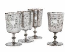 Quattro bicchieri in argento a calice. Arte ottomana del XIX-XX secolo, - gr. 795, [...]