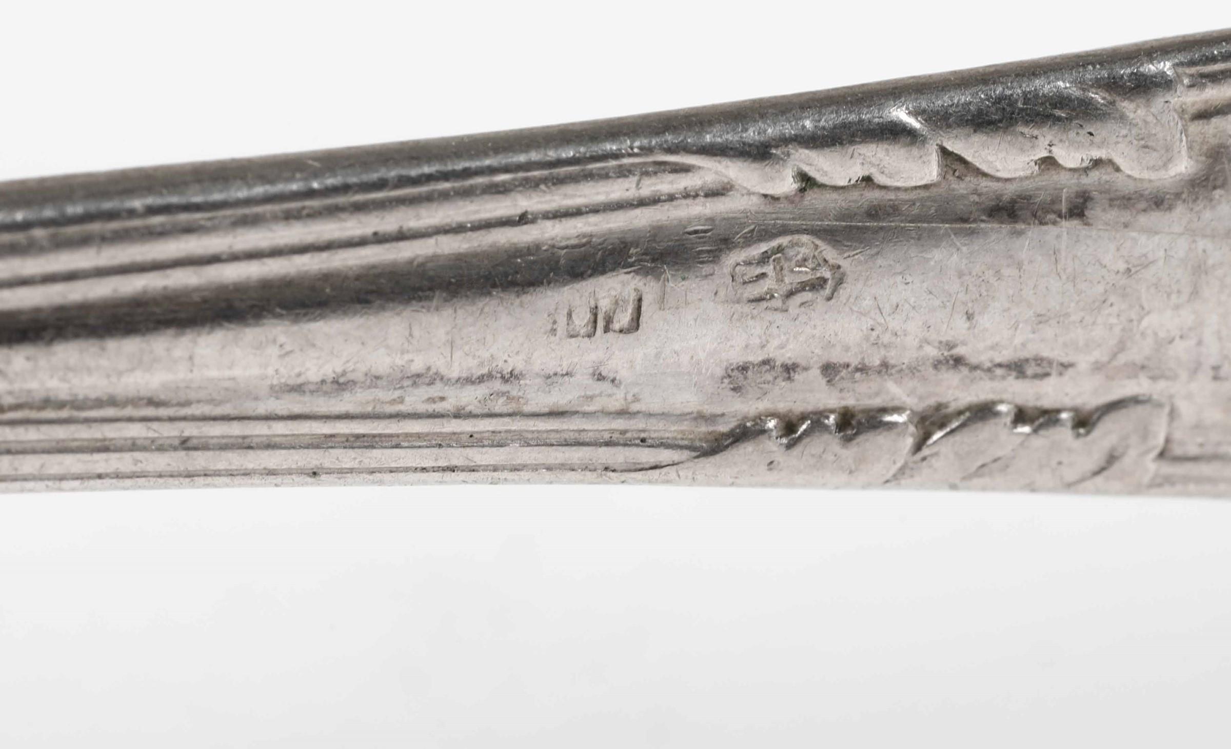 Servizio di posate per dodici coperti in argento. Manifattura italiana prima metà [...] - Image 4 of 4
