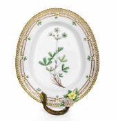 Vassoietto con manico dal servizio Flora Danica Danimarca, Manifattura Royal [...]