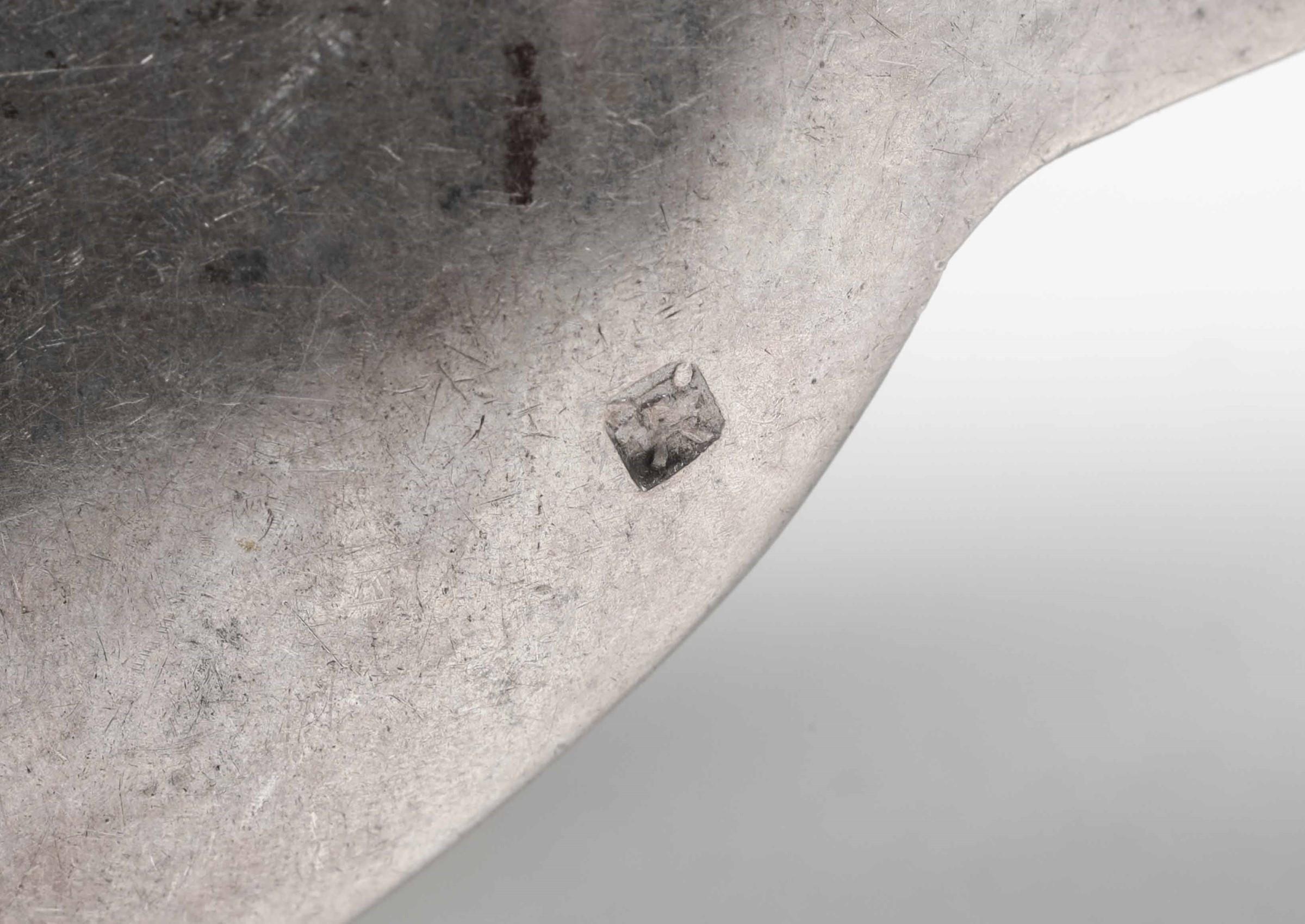 Servizio di posate per dodici coperti in argento. Manifattura italiana prima metà [...] - Image 3 of 4