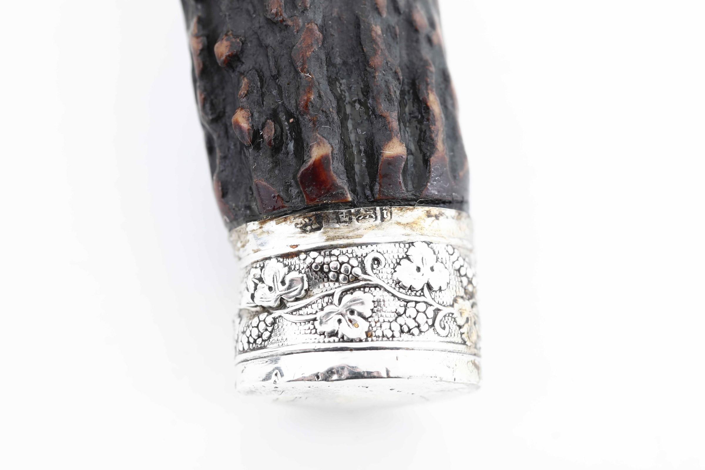 Set di posate da arrosto con finiture in argento e manici in corno, Inghilterra XX [...] - Image 3 of 4