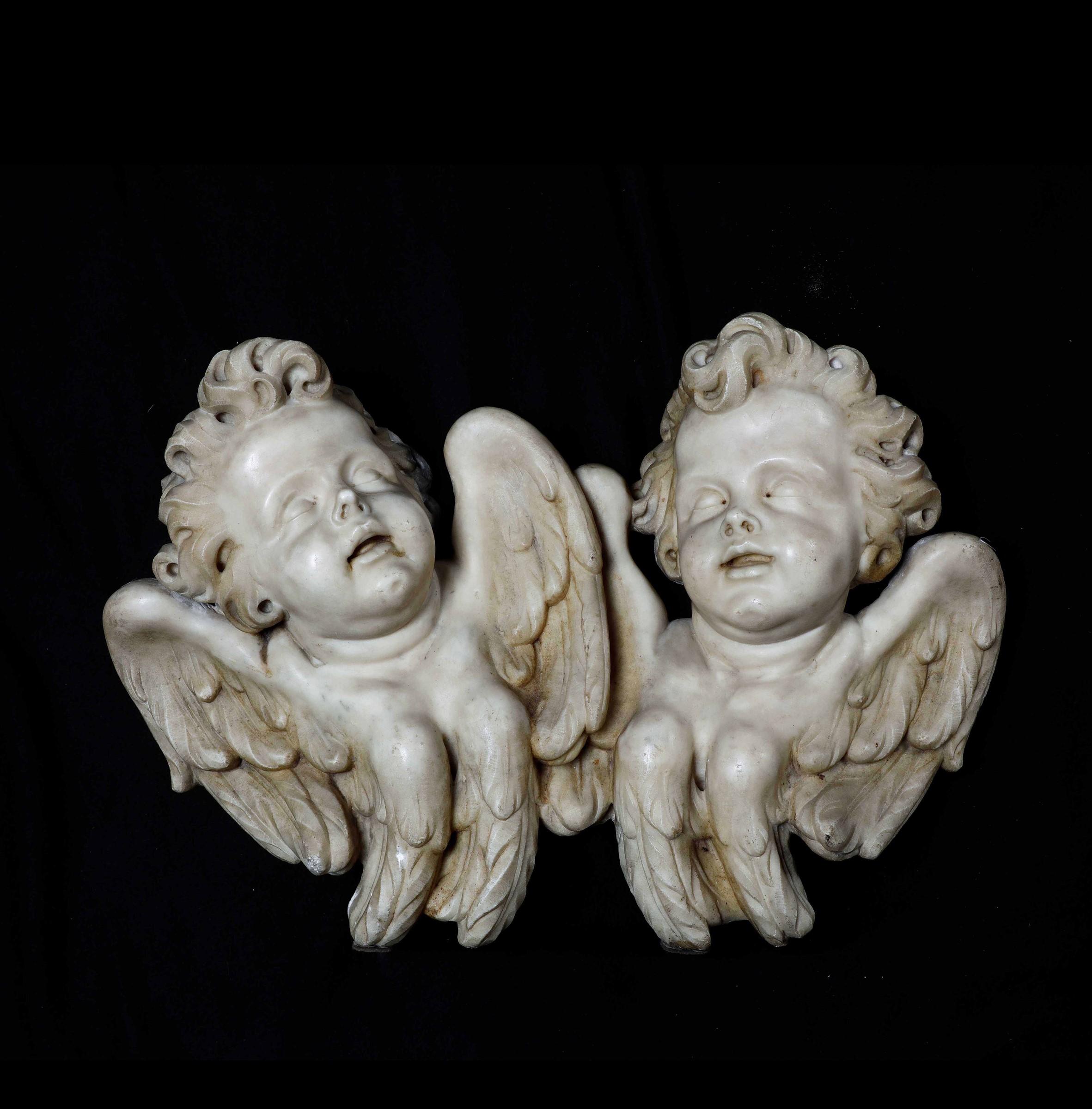 Two marble cherubs, Italy, 1600s - cm 50x69 -