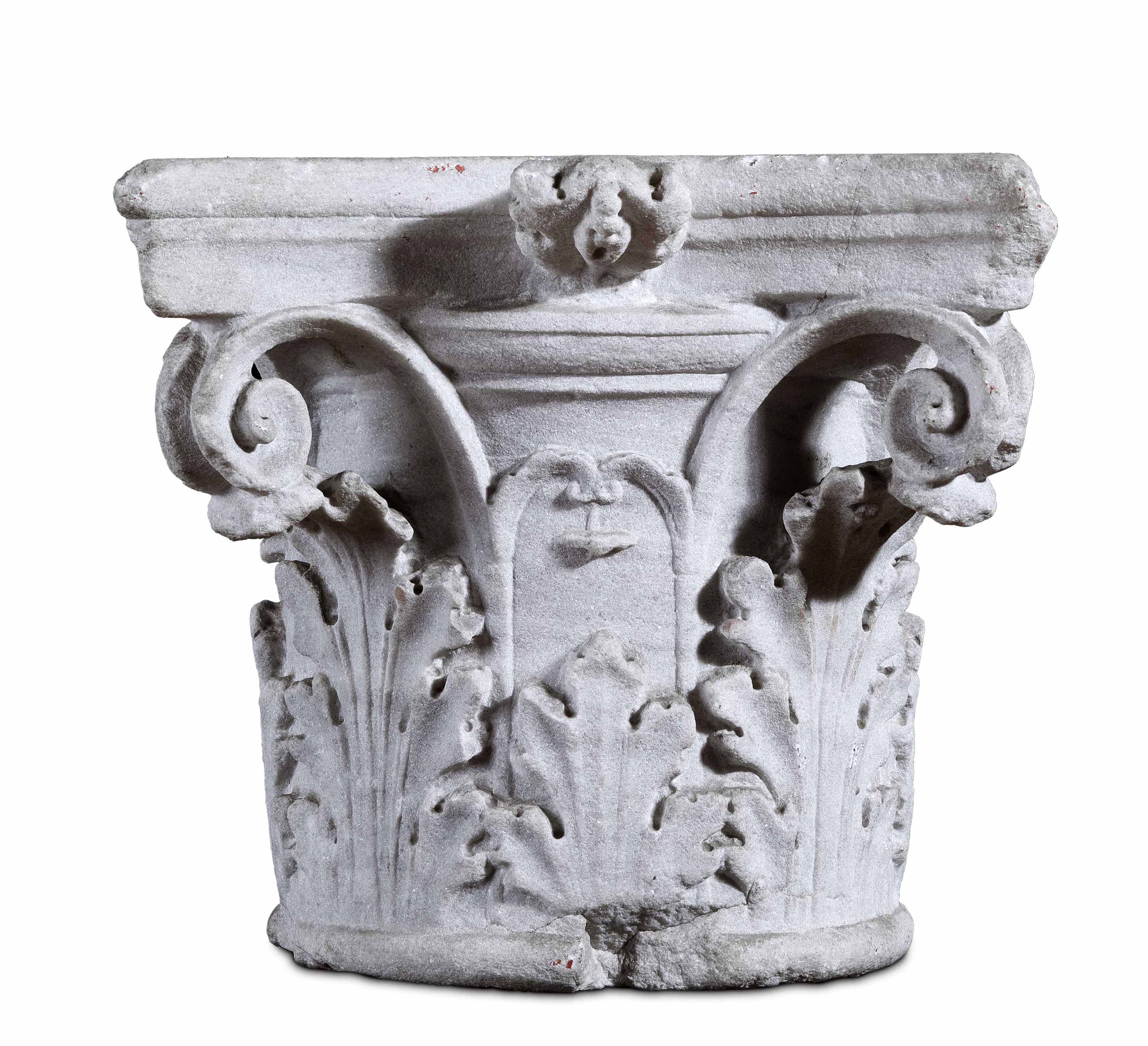 A Corinthian marble capital, Italy, 1400s - cm 38,5x38,5x34. L'elemento [...] - Image 2 of 2