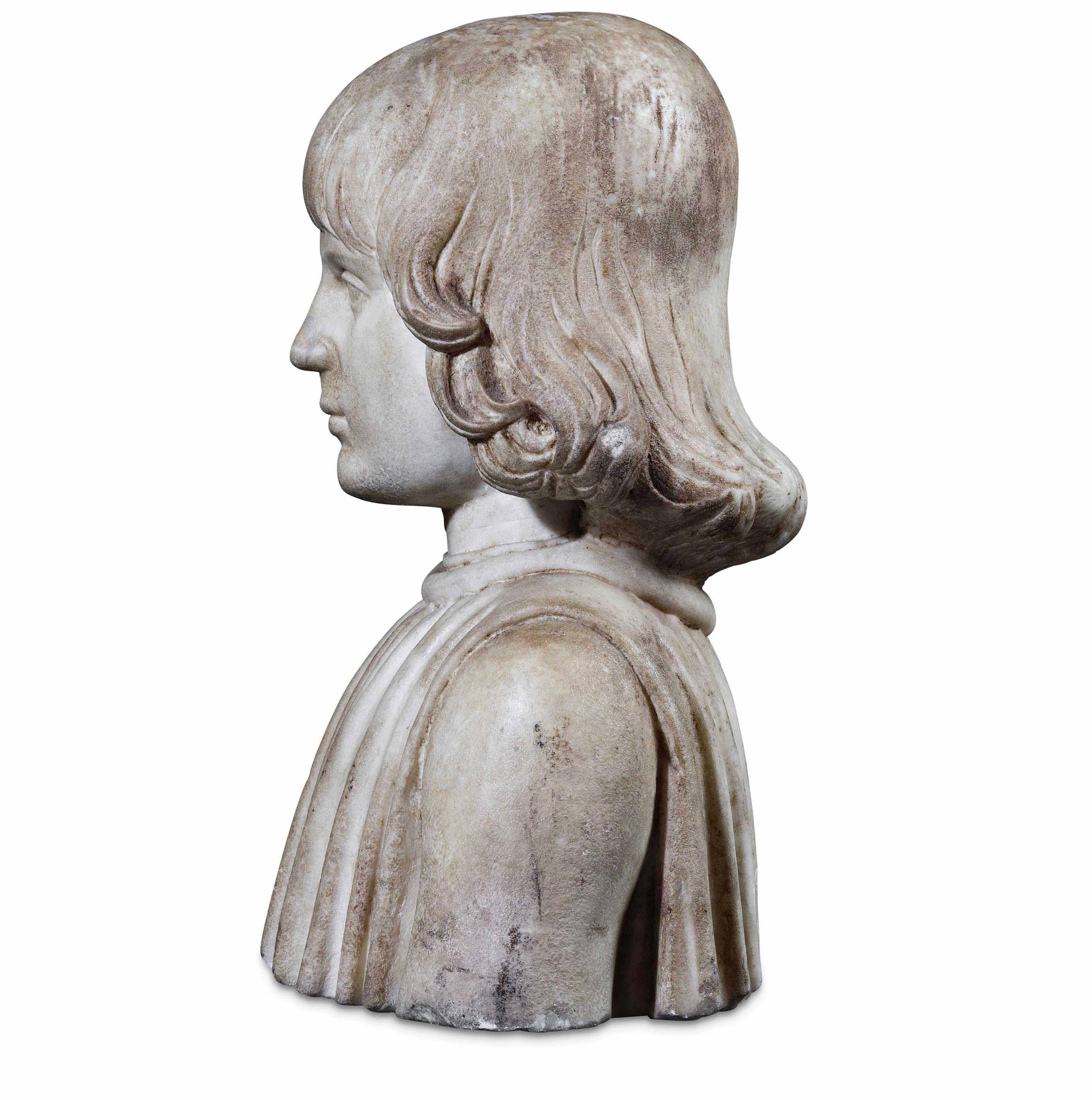 A marble bust, attr. F. Laurana, 1400s - cm 41x32x22. L'opera è accompagnata da una [...] - Image 3 of 4