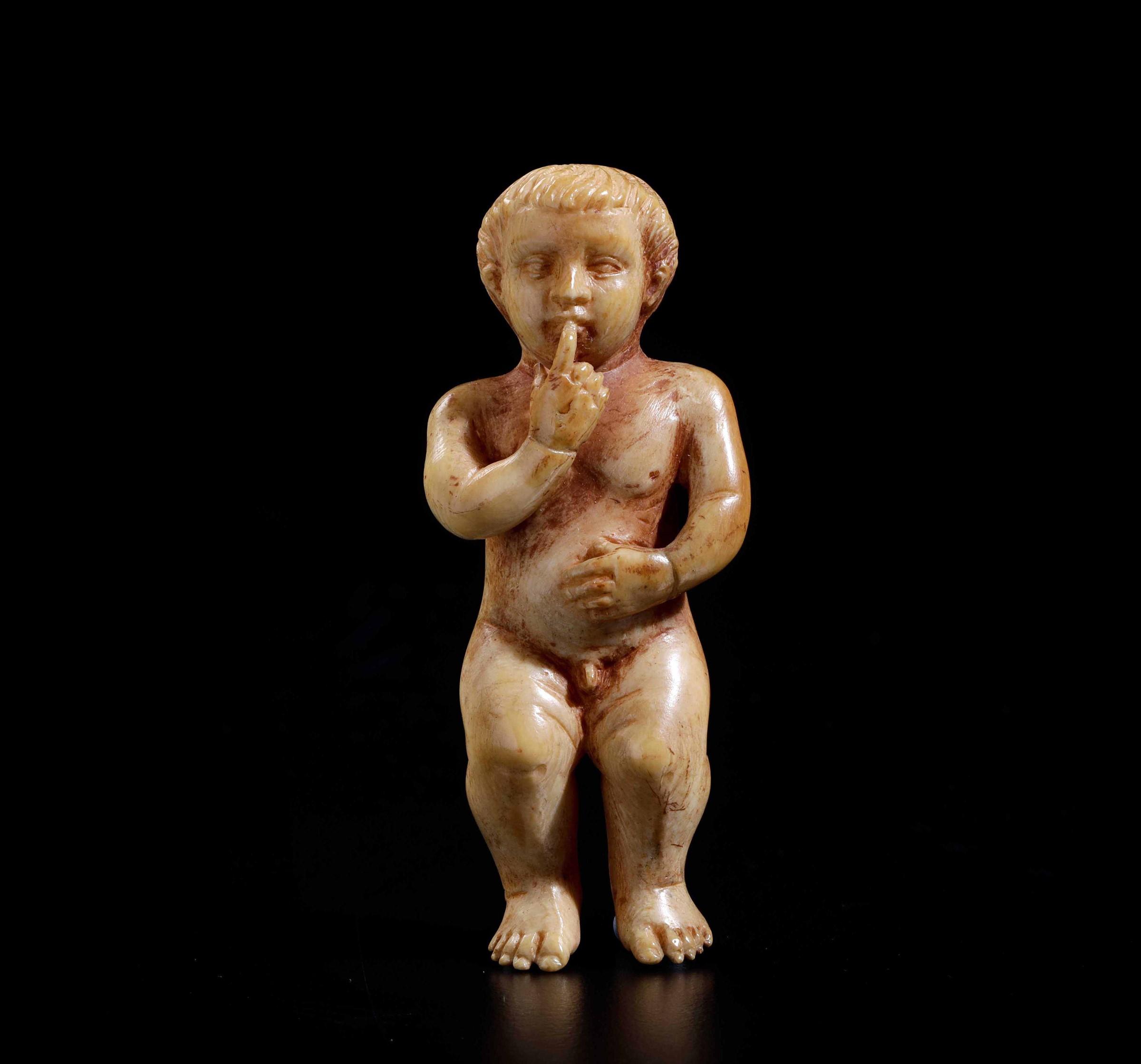 An ivory baby Jesus, Russia Kholmogory (?), 1700s - cm 7x2,5 -
