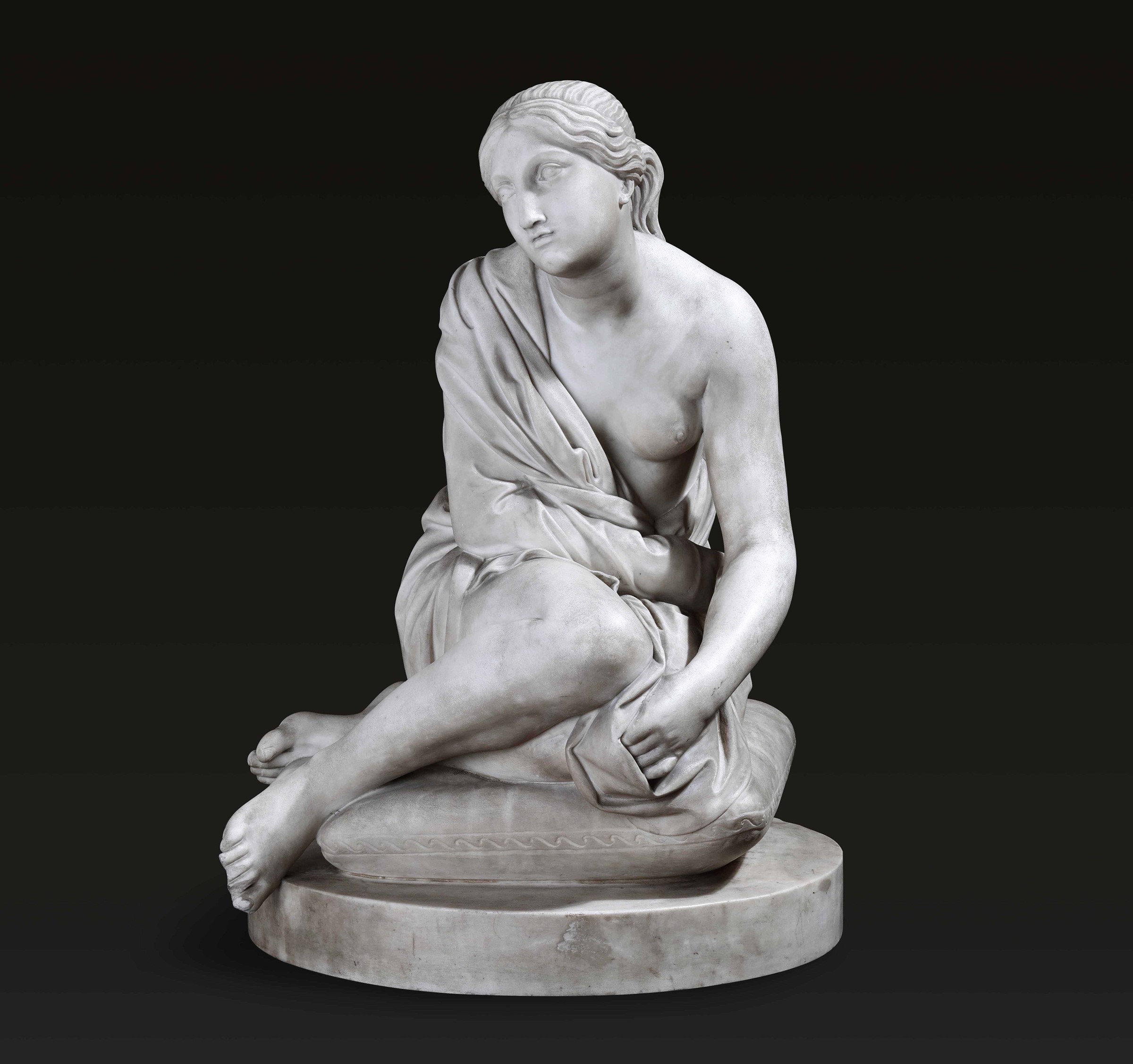 A marble lady, Italy, 1800s - altezza cm 54. La bella composizione che mostra una [...]