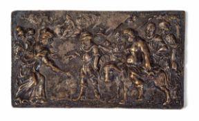 """A bronze plaque, 1100s - cm 12,4x7 Sul verso etichetta cartacea """"Antichità Nella [...]"""