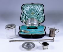 An Edward VII Christening Set, comprising silver two-handled porringer by Henry Stratford Ltd,