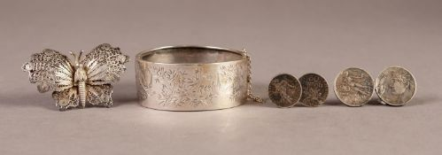 VICTORIAN SILVER BROAD HINGE OPENING BANGLE, the top engraved in Japanesque style with birds in