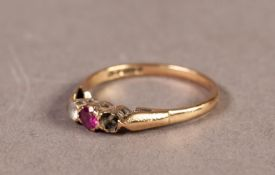 9ct GOLD RING set with a small red and a small white stone (one white stone missing), 1.7gms, ring