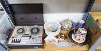 A MIXED LOT TO INCLUDE; A PHILIPS 4 TRACK 4308 REEL TO REEL TAPE RECORDER, A SELECTION OF POTTERY