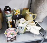 A SELECTION OF W. GERMAN, MALING CELTIC POTTERY AND OTHER POTTERY ITEMS (12)