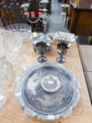 AN ELECTROPLATE LARGE SHAPED OVAL TRINKET BOX, TWO E.P. SALVERS, A PAIR OF GOBLETS, A SET OF SIX