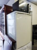 HOTPOINT ICE DIAMOND REFRIGERATOR AND A RUSSELL HOBBS MICROWAVE OVEN (2)