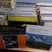VINYL RECORDS, CLASSICAL. Klemperer- Eine Kleine Nachtmusik, Columbia, SAX 5252, (red semi label).