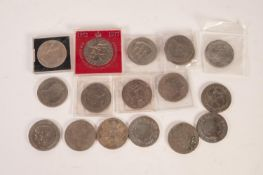 SEVENTEEN VARIOUS ELIZABETH II SILVER JUBILEE AND OTHER CROWNS (17)