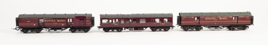 EXHIBITION QUALITY KIT BUILT 'OO' GAUGE DISTRICT ENGINEERS SALOON No. 45023 in L.M.S. maroon