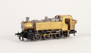 D.A. MODEL ENGINEERING KIT BUILT 'O' GAUGE MODEL OF A 1500 CLASS 0-6-0 PANNIER TANK LOCOMOTIVE (