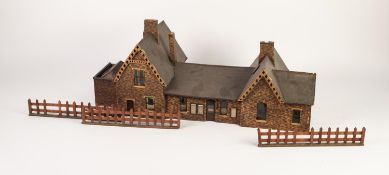 VINTAGE 'O' GAUGE BALSA WOOD AND PRINTED PAPER MODEL OF NINETEENTH CENTURY STATION BUILDING, with