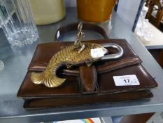 BROWN LEATHER HANDBAG AND A FISH PATTERN PADLOCK AND KEY (2)