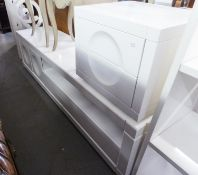 LOW, STYLISH WHITE HIGH GLOSS UNIT, HAVING ONE LONG DRAWERS, TWO CUPBOARD DOORS AND AN OPEN