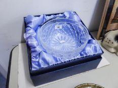 """WATERFORD CUT GLASS CIRCULAR FRUIT BOWL, 8"""" DIAMETER (BOXED)"""