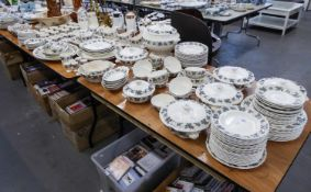 EXTENSIVE COPELAND SPODE ?FRASCATI? PATTERN POTTERY DINNER SERVICE, comprising: 10 dinner plates 6