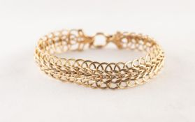 9ct GOLD MULTI-LINK CHAIN BRACELET with ring clasp, 1/2in (1.5cm) wide, 8in (20cm) long, 11 gms