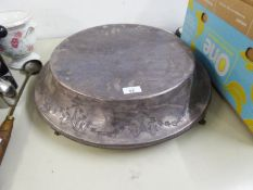 "A LARGE ELECTROPLATE CIRCULAR CAKE STAND RAISED ON SMALL CLAW FEET, 20"" DIAMETER"