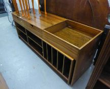 A MID CENTURY LOW EXTENDING RECORD/STORAGE UNIT (A.F.)