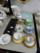 FOUR PIECES OF AYNSLEY BONE CHINA, A SELECTION OF TEA CUPS AND SAUCERS, A CASED PAIR OF